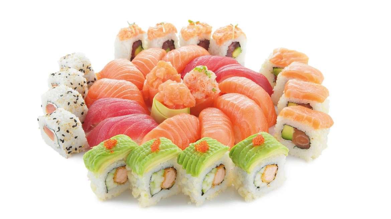 Sushi, sashimi, maki, uramaki: l'Italia ne va pazza!