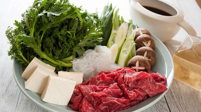 Sukiyaki: un delizioso piatto tradizionale giapponese