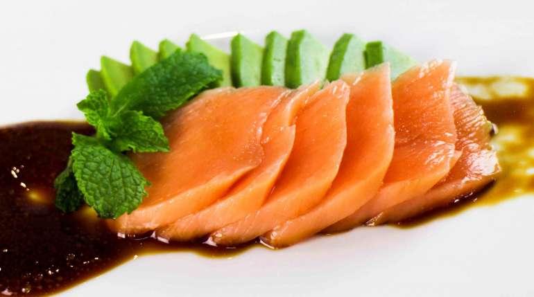Sashimi: 3 cose che forse non sapevi sul cibo di tendenza