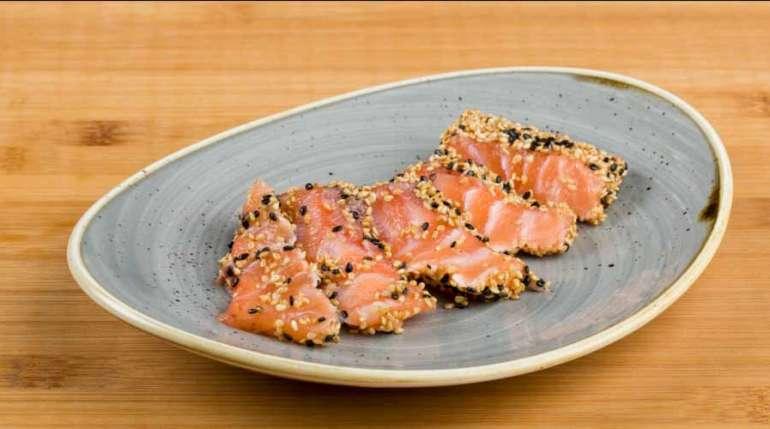 Novità di Luglio: Sake Tataki (salmone scottato con sesamo e teriyaki)