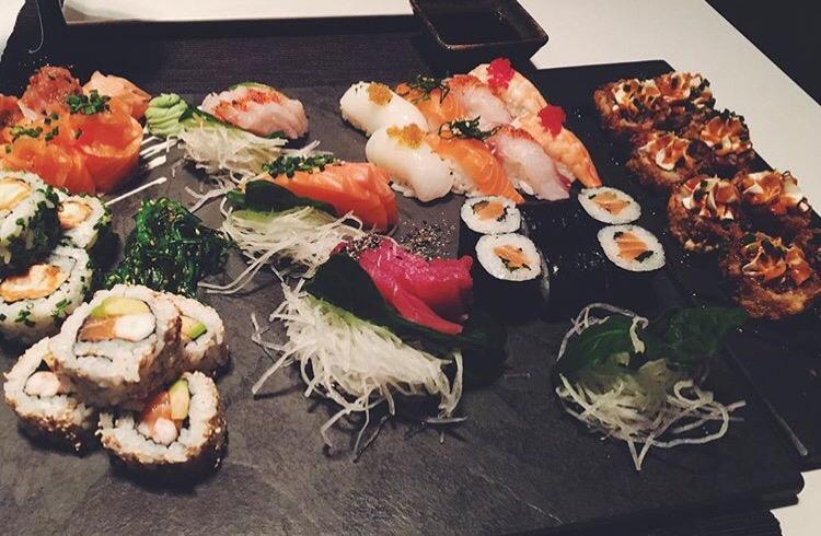 Sushi, come mangiarlo senza ingrassare se sei a dieta