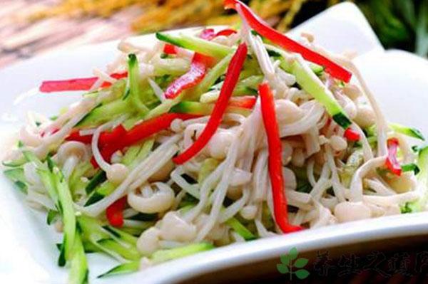 Enoki Salad: ancora una novità a Febbraio per il nostro menu