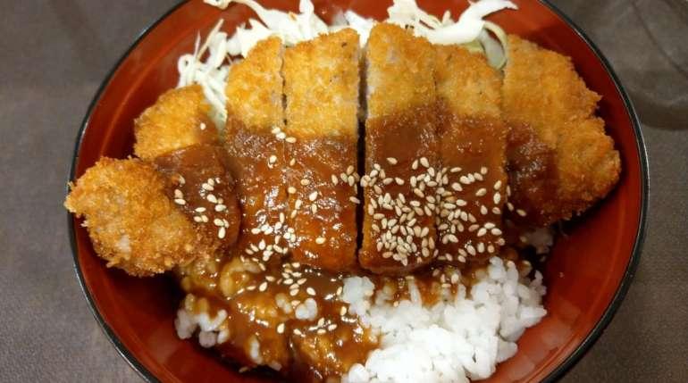 Tonkatsu, cosa è e come si prepara