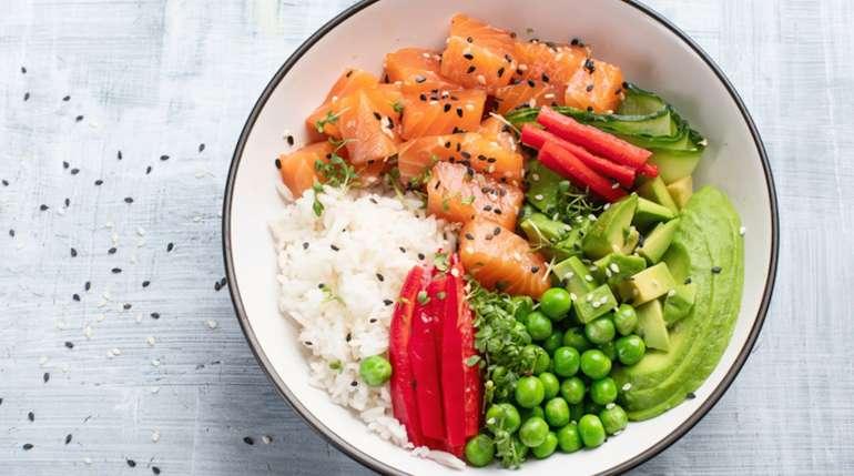 Il pokè: un piatto gustoso, sano e facile da preparare