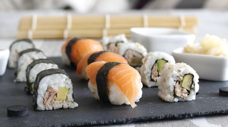 Sushi a dieta: quante calorie ha e come mangiarlo se sei a dieta